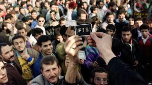 صورة لقاء خاص مع النقيب احمد شوشان … أين يروي قصة تواصله مع حشاني ثم تمرده عن المؤسسة العسكرية و لقاءه بالسعيد مخلوفي في جبال الشريعة بالبليدة .